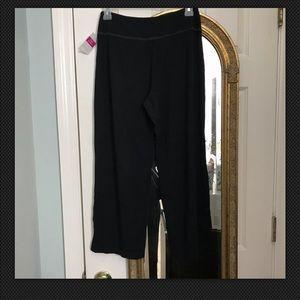 Fresh Produce City Capri Pants, Black Size XS
